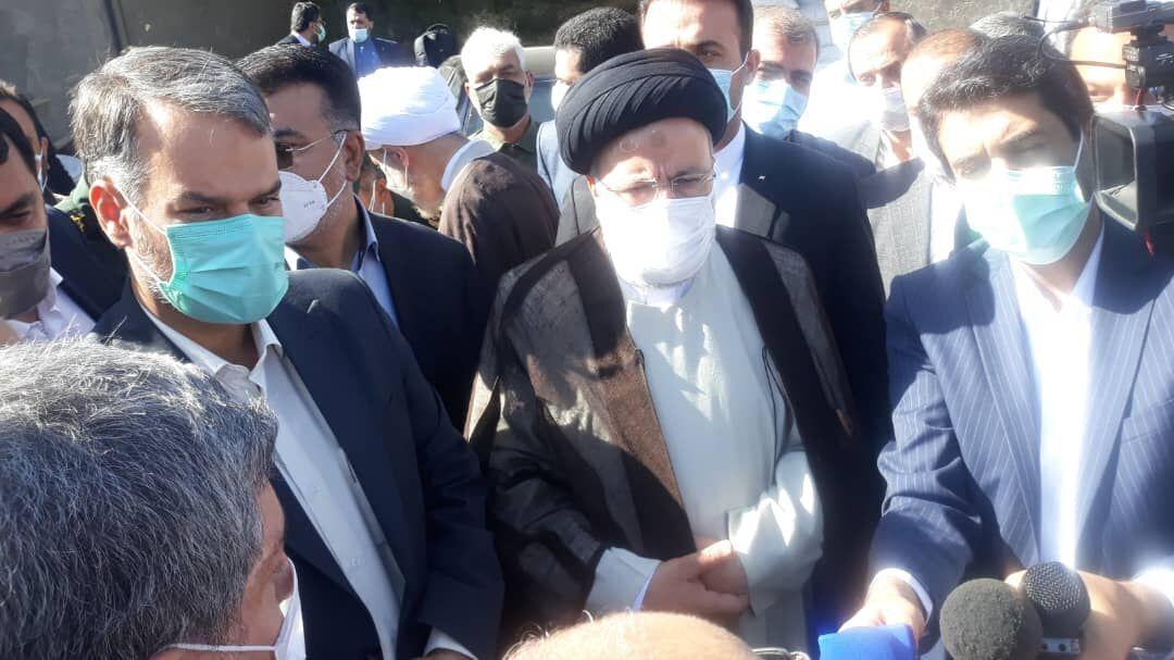 در جمع مردم روستای کناره مرودشت در سفر استانی به فارس